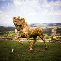 castello di casole isculpture art gallery - sculptures for a scenery of art5